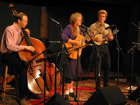 Kristina Olsen with Cary Black on bass and Radim Zenkl on banjo/mandolin - California Music Camp July 2003 - Photo by Ken Luey